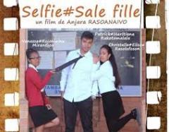 Selfie affiche.jpg
